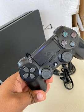 Play 4 slim 1 tera poco uso