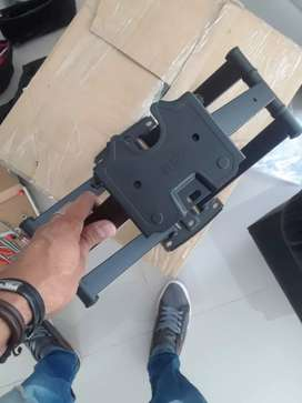 Bases con inclinación y rotación disponibles para televisores