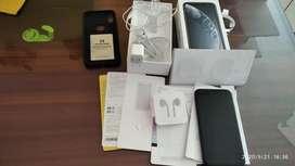 Vendo iphone xr de oprtunidad 10/10 con todos los accesorios originales, cero rayones un mes de uso
