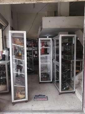 Vendo vitrinas de vidrio