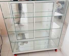Vitrinas de vidrios con espejos