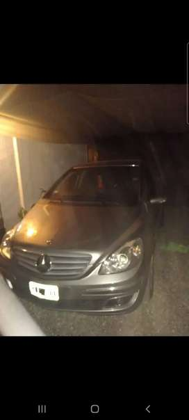 Vendo Mercedes Benz B200