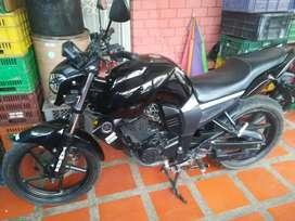 Vendo moto fz16 2014