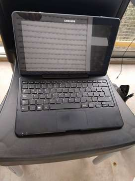Tablet/Notebook Samsung ATIV Smart PC. Táctil con Windows 8.