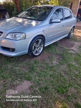 Vendo Chevrolet Astra 2.0 Naftero ,Modelo 2010 Papeles al día