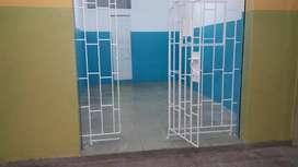 Alquilo Local Comercial Sector La Bahia