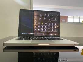 Se vende MacBook Pro mod 2012