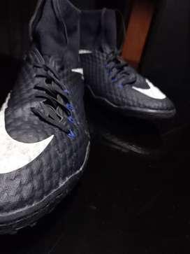 Nike (futbol shoes ) HYPERVENOM X