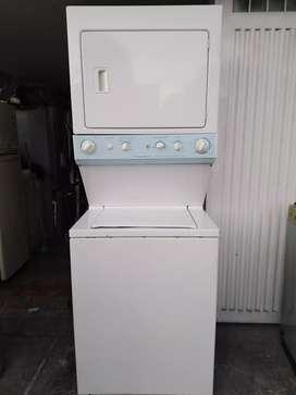 Vendo torre lavadora, secadora frigidaire