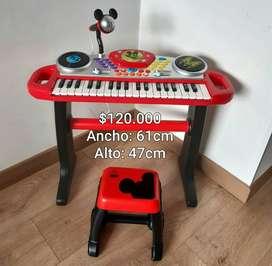 Piano con microfóno Micky Mouse