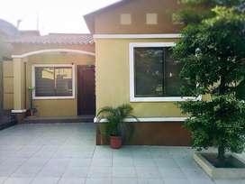 Casa en Venta en Etapa Ópalo  La Joya  Cerca a Plaza Tia