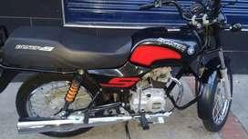 Se vende moto boxer