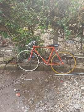 Vendo bicicleta  de carreras