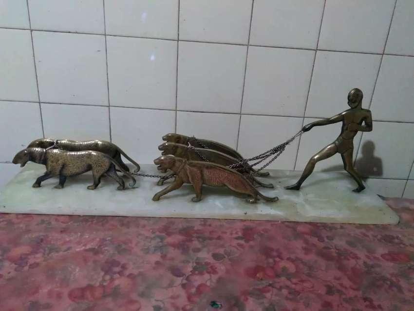 Mármol con 5 tigres 0
