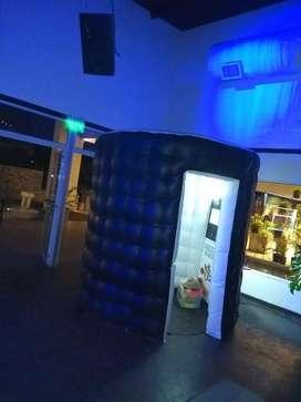 Cabinas de Fotos Crash - Alquiler de Fotocabinas y Espejo Magico