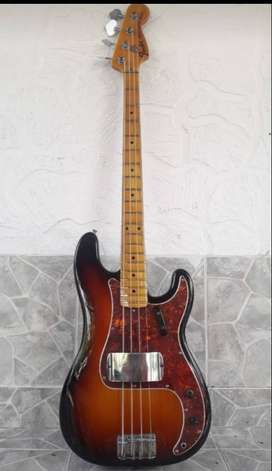 Bajo Fender Precisio 1971, clásico