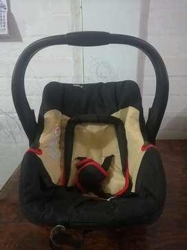 Vendo silla de auto para bebes