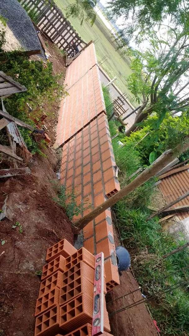 Trabajos particulares y privado ampliación refracción los muro perimetrales 0