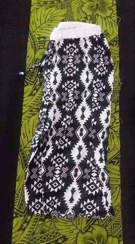 pantalon Pescador capri suelto. Panamá. Nuevo. Talle L