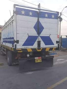 Vendo carroseria de camion usado 2500 soles  precio conversable