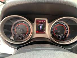 Dodge journey 5 puestos  2012