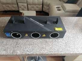 Se vende IndiaMART Big Dipper B10RGB/3 Stage Lighting