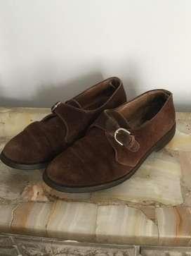 Zapatos De Gamuza Marrón Usados Marca Oggi