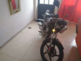 Se vende moto gs125
