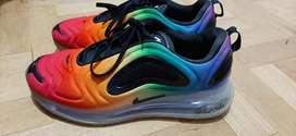 Nike 720 Lgbt