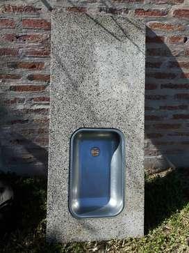 Mesada de granito 1.40×60buen estada