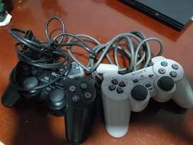 1 control  negro para playStation 2 de segunda en buen estado