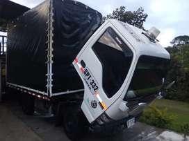 Vendo camioneta chevrolet Nhr 2011