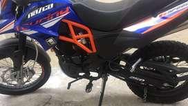 Motor 1  de 250 cc buena moto para viajes largos o para trabajar, de venta porque no le ocupo
