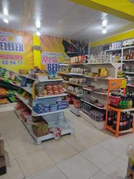Se Vende supermercado con papelería y café internet