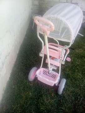 Triciclo de bebé