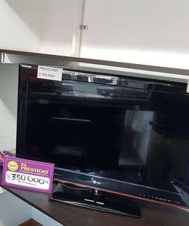 "TV LCD 32"" SIN CONTROL SIN TDT CON BASE"