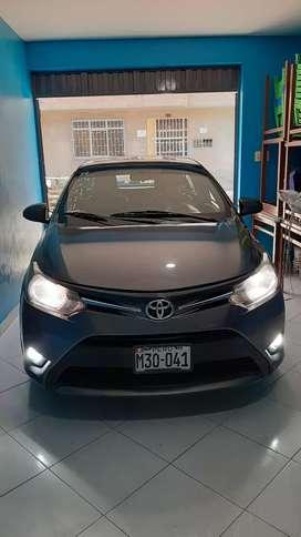 Toyota Yaris 2015 glp full