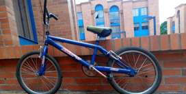 ¡Espectacular bicicleta!..