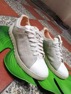 Zapatillas diésel cuero