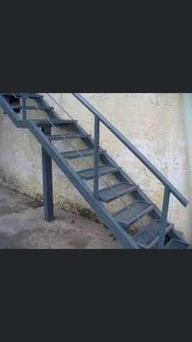 Trabajos de herreria (escaleras combinadas madera, hierro, soldadura general, portones, etc), Construccion en seco