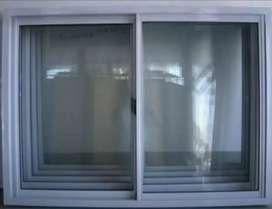 Ventana de Vidrio y Aluminio