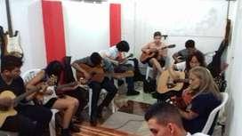 Institución educativa cristiana necesita docente de música
