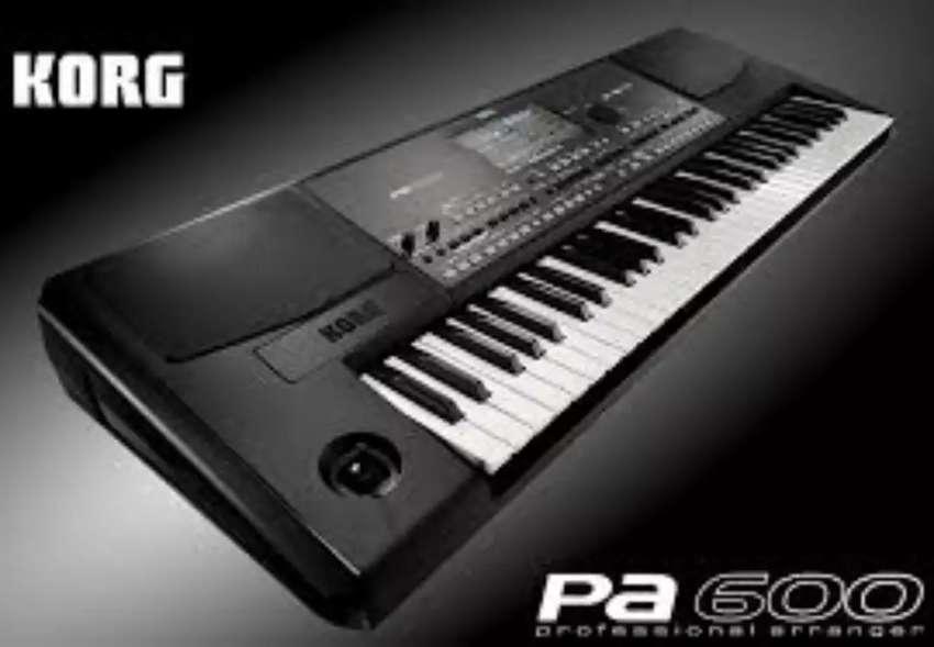 KORG PA 600 (NUEVO) 0