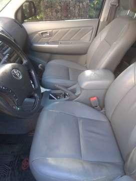 Vendo Toyota Hilux 2010 SRV Cuero 4x2 2010