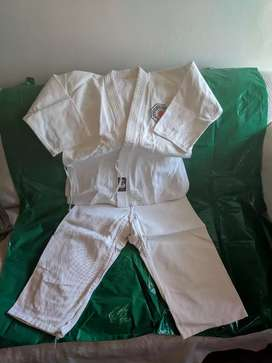UNIFORMES DE KARATE DO