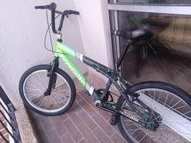 Vendo bicicleta bmx bernalli