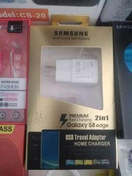 Cargadores Samsung.