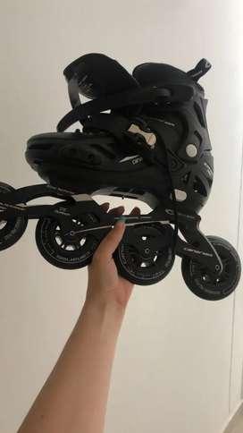 Se venden patines canariam poco uso