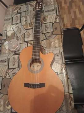 Guitarra electroacustica CORT CEC1