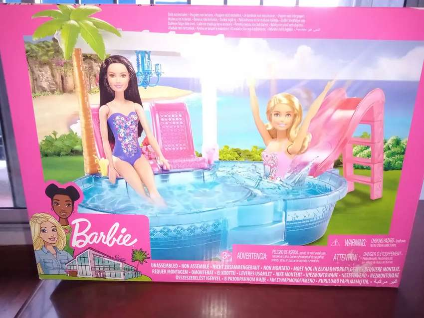 Piscina de barbie 0